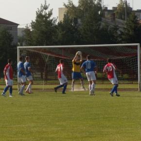 Victoria 2:0 LZS Olimpia Okrzeja BRAMKI: Kozłowski, W. Szymański.