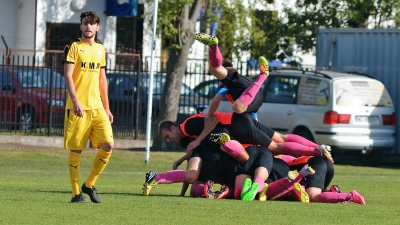 Lider pokonany! Błonianka - Victoria 1-0.