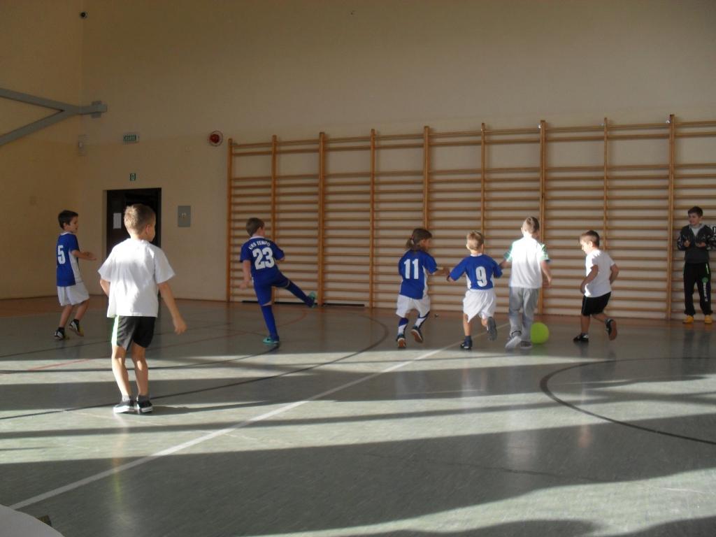 Mikołajkowy Festiwal Piłki Nożnej Dzieci rocznika 2008 i 2009