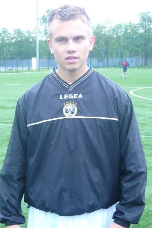 Sebastian Romanowski - jeden z siedmiu zawodników, który stawił się na zbiórce przed meczem z GLKS Osielsko.